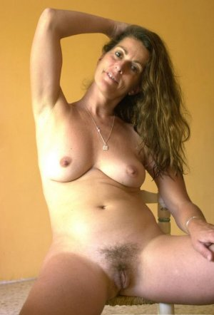 Genie golden shower escorts Dickson TN